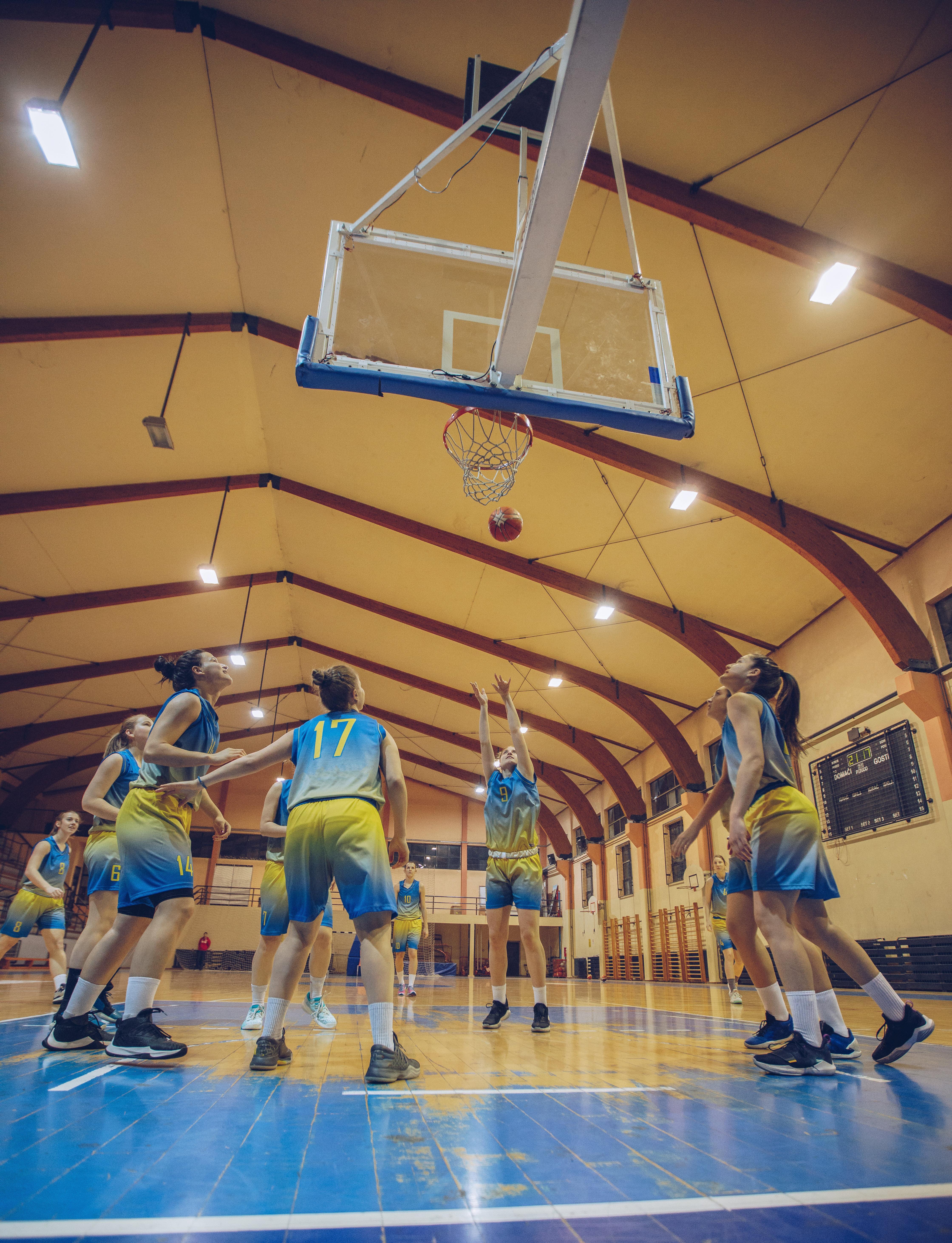 iStock-909894410 basketball game short 1
